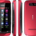 Обзор смартфона Nokia Asha 305