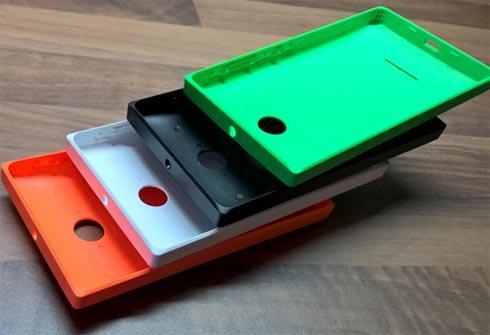 панель для Lumia 435