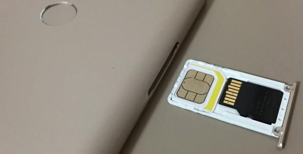 Как вставить сим карты в Xiaomi Redmi 4x и 4a