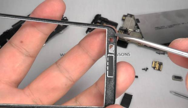 замена стекла lumia 625