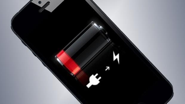 почему iphone включается и сразу выключается