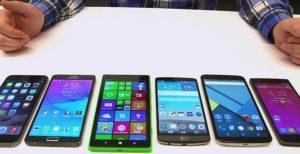 189 phones big elderly 300x154 - Как подключить музыку в машине через смартфон?