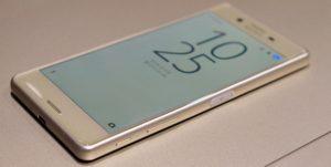 216 xperia x side rach 300x151 - Как удалять и восстанавливать приложения на iPhone