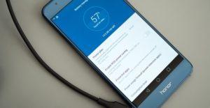 251 honor 8 charging 300x155 - 3 способа отключить Google ассистент на Xiaomi Redmi