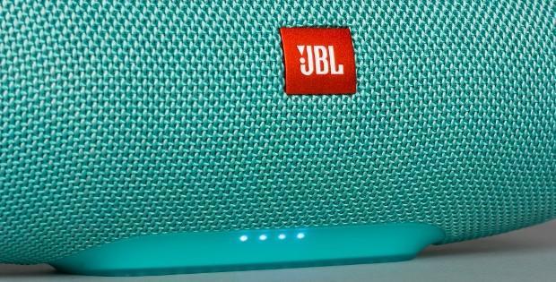 индикаторы на колонке JBL
